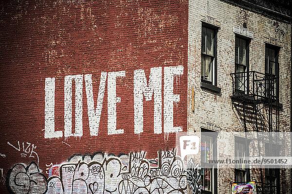 Street Art  bemalte Hauswand  SoHo  Manhattan  New York  USA  Nordamerika