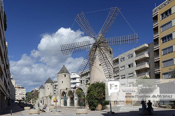 Windmühlen  Carrer Industria  Pueblo Español  Palma de Mallorca  Mallorca  Balearen  Spanien  Europa