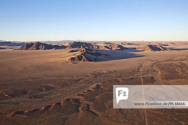 The Naukluft mountains  Namib-Naukluft National Park  Namib Desert  Namibia  Africa