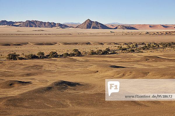 Die Naukluftberge  Namib-Naukluft-Park  Namib-Skelettküste-Nationalpark  Namib-Wüste  Namibia  Afrika