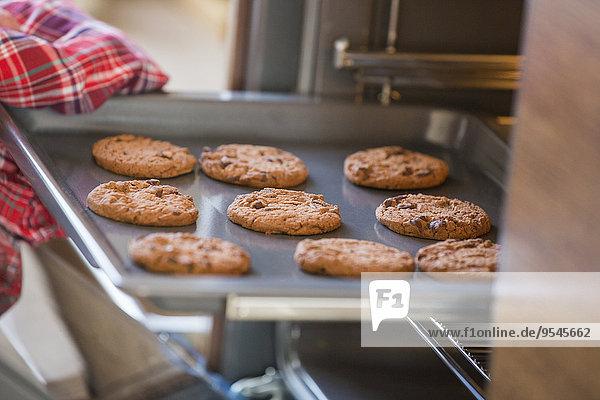 Anschnitt Fotografie Küche entfernen entfernt Backofen Ofen Backpapier