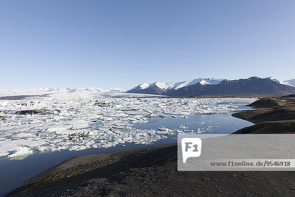 Iceland  Joekulsarlon  glacier lake