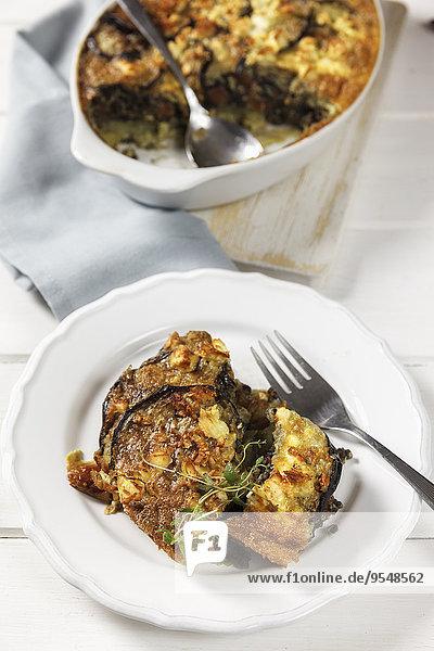 Vegetarische Moussaka mit Auberginen  Kartoffeln und Linsen