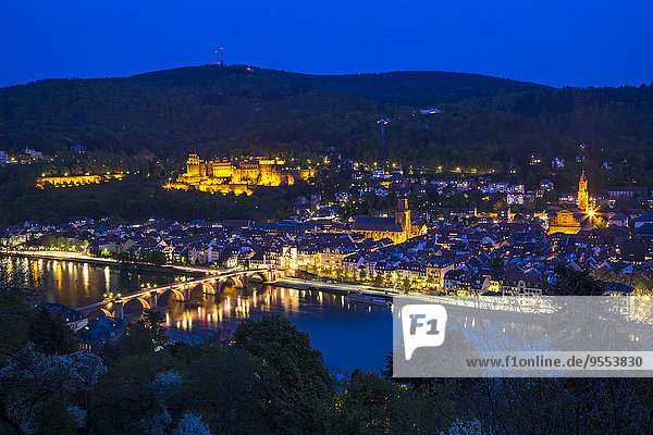 Deutschland,  Baden-Württemberg,  Heidelberg zur blauen Stunde