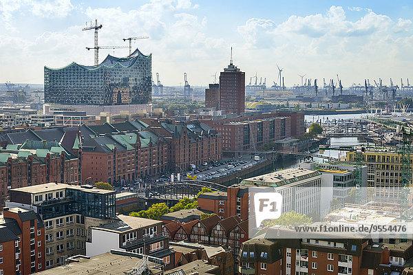 Deutschland  Hamburg  Stadtbild mit Speicherstadt und Elbphilharmonie Deutschland, Hamburg, Stadtbild mit Speicherstadt und Elbphilharmonie