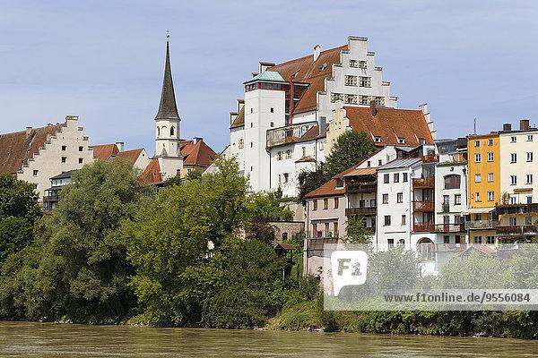 Deutschland  Bayern  Oberbayern  Wasserburg am Inn  Altstadt mit Innschloss