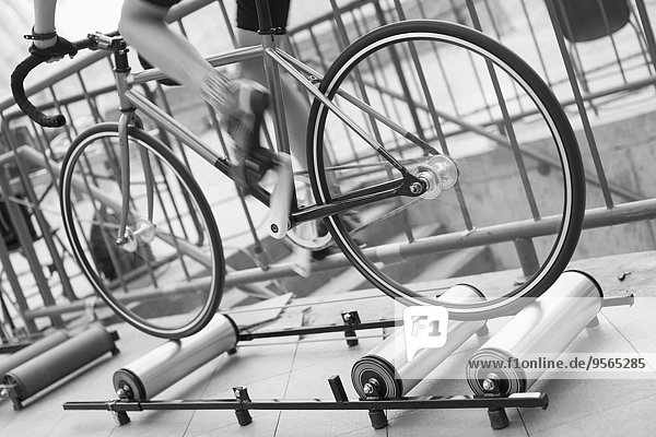 niedrig,Anschnitt,Lockenwickler,Fahrradfahrer