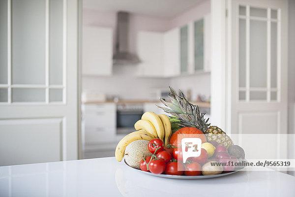 Interior,zu Hause,Frucht,Gemüse,Teller,Tisch