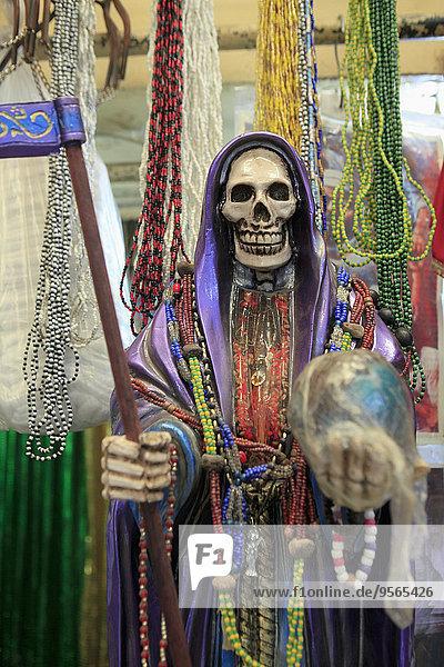 Abbildung des Todes für Verkauf am La Merced Market