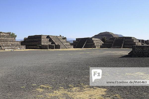 pyramidenförmig,Pyramide,Pyramiden,durchsichtig,transparent,transparente,transparentes,Himmel,blauer Himmel,wolkenloser Himmel,wolkenlos,blau,Teotihuacan