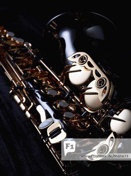 Anschnitt,Fotografie,schwarz,Hintergrund,Saxophon
