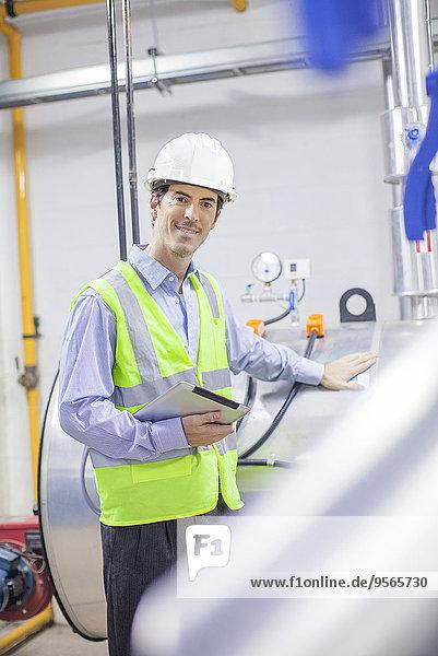 Ingenieur im Industrieanlagenbau  Porträt