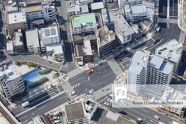 hoch,oben,Gebäude,Fernverkehrsstraße,Nachbarschaft,Ansicht,Flachwinkelansicht,Winkel