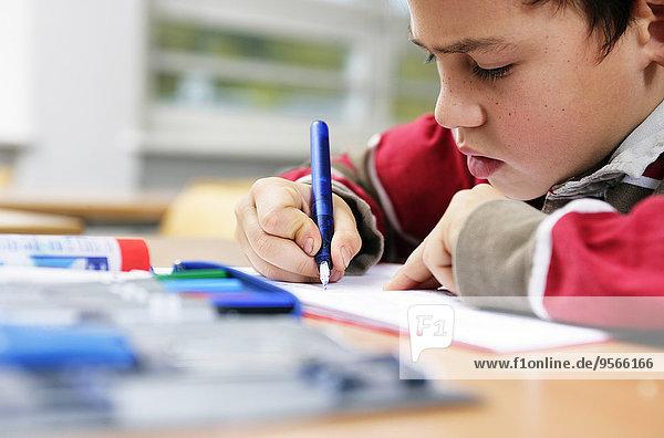 schreiben,Junge - Person,klein