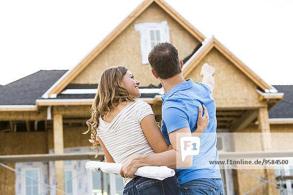 bauen Europäer Wohnhaus Bewunderung unterhalb
