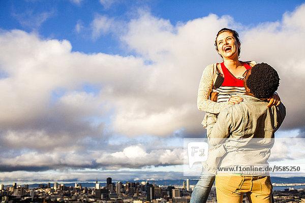 nahe Stadtansicht Stadtansichten Landschaftlich schön landschaftlich reizvoll lachen Ansicht