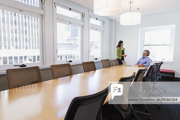 sprechen Mensch Geschäftsbesprechung Menschen Zimmer Business Konferenz