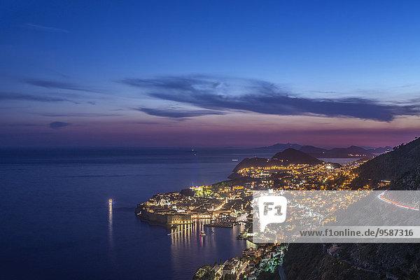 beleuchtet, Nacht, Küste, Großstadt, Ansicht, Luftbild, Fernsehantenne, Kroatien, Dubrovnik