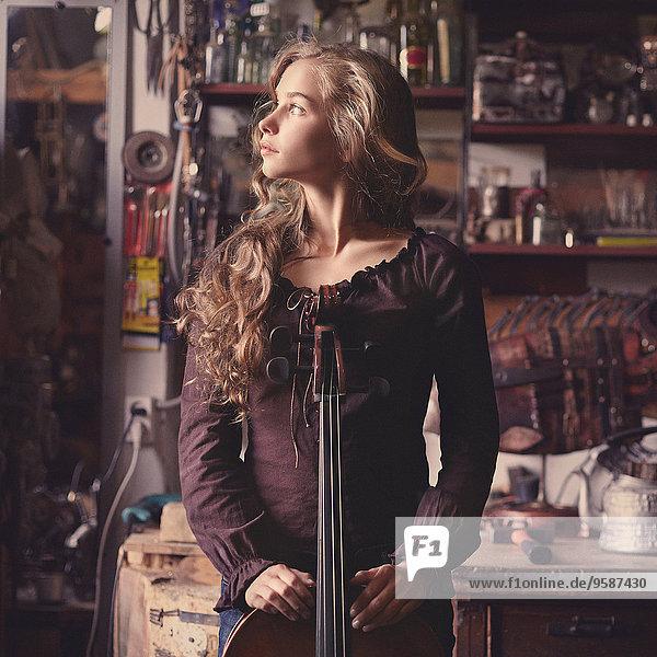 Jugendlicher Europäer halten Musik Gegenstand Mädchen Jugendlicher,Europäer,halten,Musik,Gegenstand,Mädchen