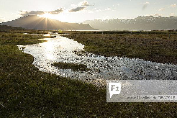 Island  Ostküste  Ostfjorde am Abend