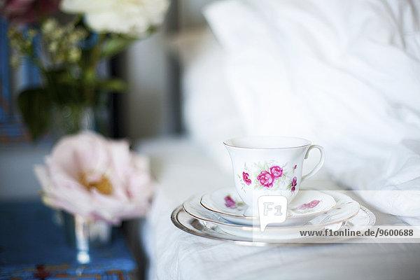 Tasse Bett Porzellan
