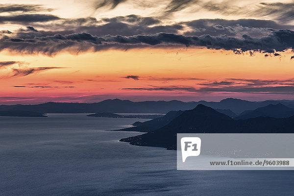 Sonnenuntergang Himmel Küste dramatisch Kroatien
