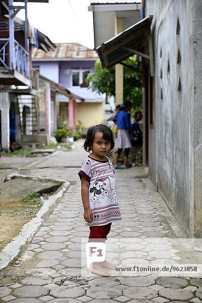 Indonesien  Banda Aceh  Porträt eines Mädchens