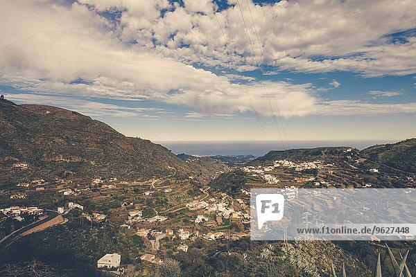 Spanien  Kanarische Inseln  Gran Canaria  Vega de San Mateo mit Meer in der Ferne