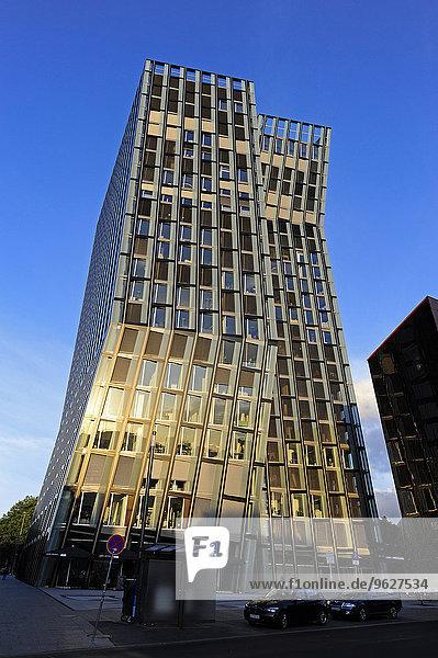 Deutschland  Hamburg  Bürogebäude Dancing Towers