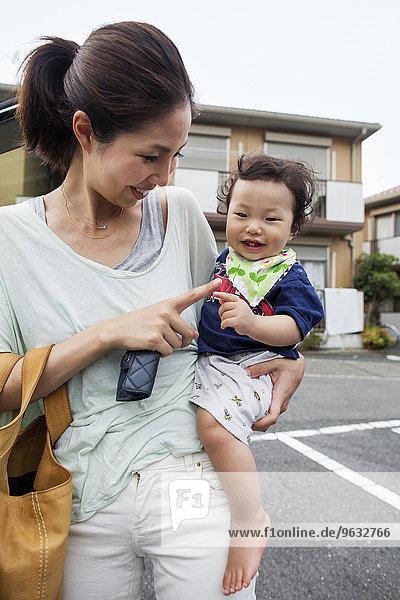 tragen Junge - Person Mutter - Mensch Baby