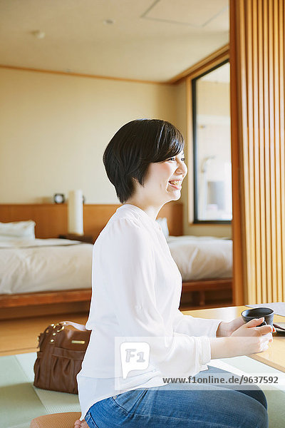 Frau Wärme Hotel jung Heiße Quelle japanisch