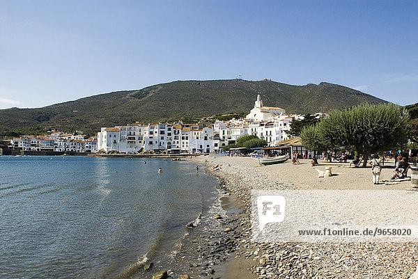Strand von Cadaques  Costa Brava  Katalonien  Spanien  Europa