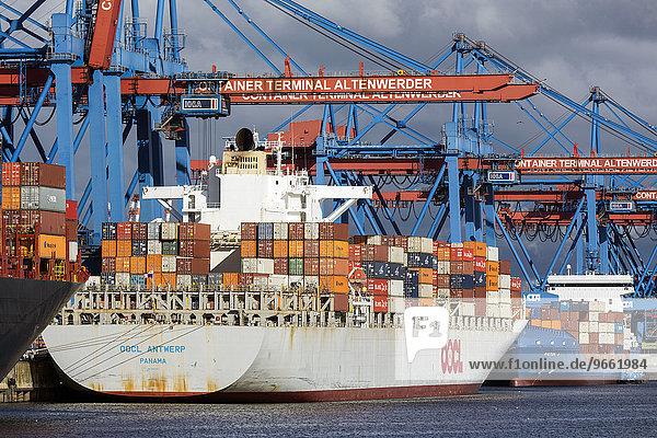 Containerterminal Altenwerder im Hamburger Hafen  Süderelbe  Hamburg  Deutschland  Europa