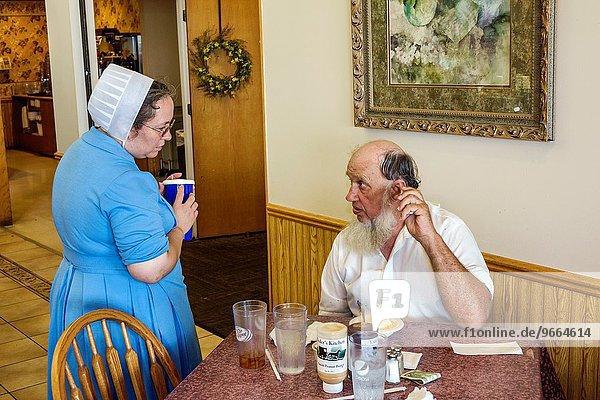 Frau Mann Restaurant innerhalb Amische Illinois