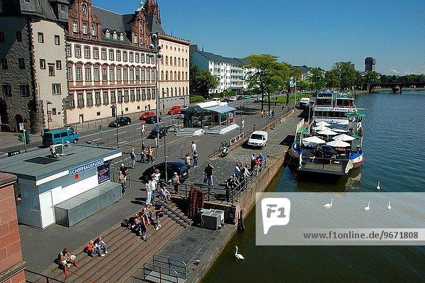 Fluss Ansicht vorwärts Frankfurt am Main Bank Kreditinstitut Banken Deutschland