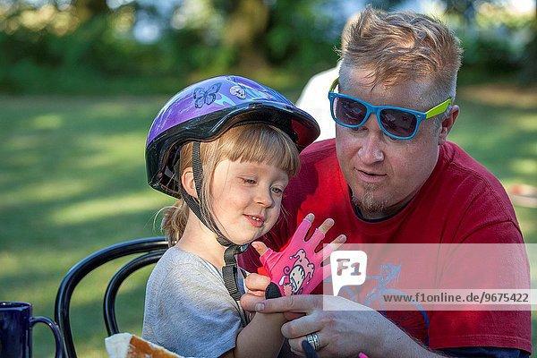 Geschenk Zuneigung Handschuh Geburtstag pink Mittelpunkt Fahrrad Rad Onkel Adoption