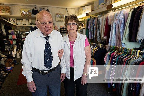 Kleidung rennen Laden Nordirland alt