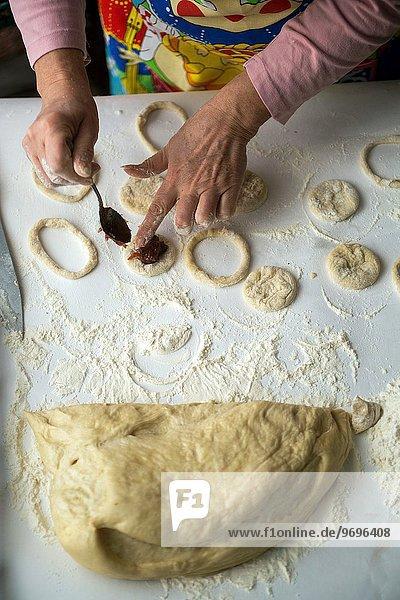 Produktion backen backend backt Muffin Gebäck