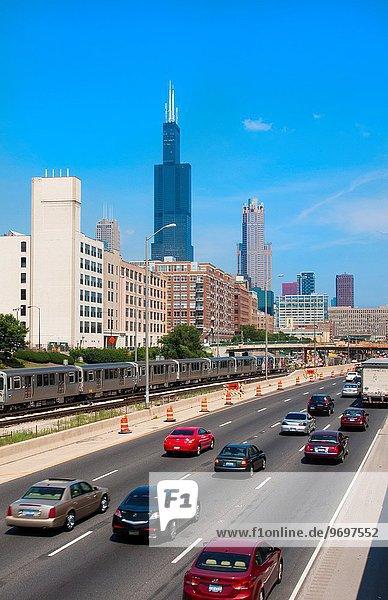 nahe Skyline Skylines sprechen Sears Tower Chicago Innenstadt Illinois Interstate Straßenverkehr