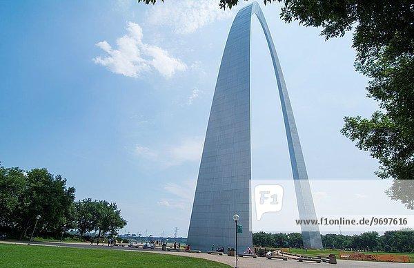 hoch oben Brücke Eingang bauen Missouri Stahl