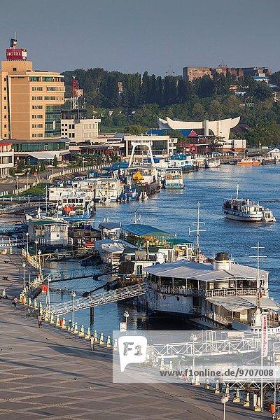 Hafen Morgendämmerung Fluss Ansicht Erhöhte Ansicht Aufsicht heben Donau Rumänien