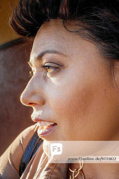 Profil Profile Frau