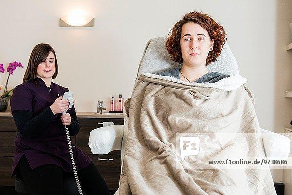 Vorbereitung Beauty Kunde Niederlande Kosmetikerin neu