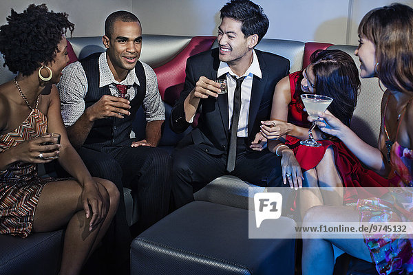Freundschaft Nachtklub trinken