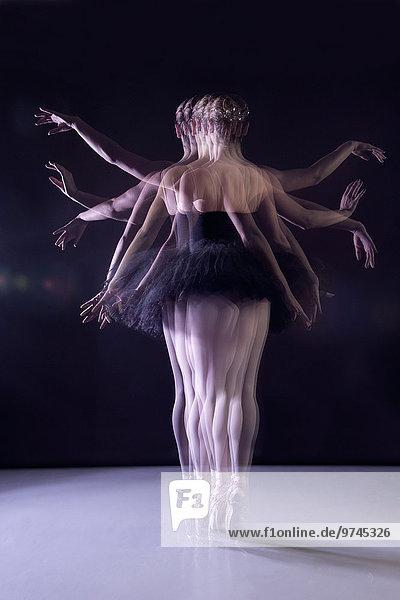 Bühne Theater Bühnen Europäer tanzen Balletttänzerin
