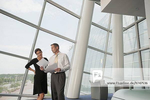 Zusammenhalt Mensch Geschäftsbesprechung Menschen Zimmer arbeiten Business Konferenz