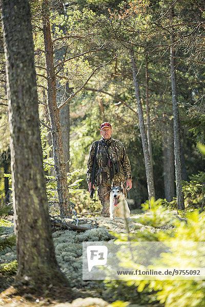 Mann Hund Jagd