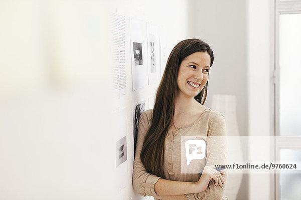Junge Unternehmerin im Home Office