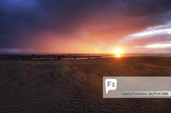 UK  Schottland  East Lothian  Sonnenuntergang in Gosford Bay
