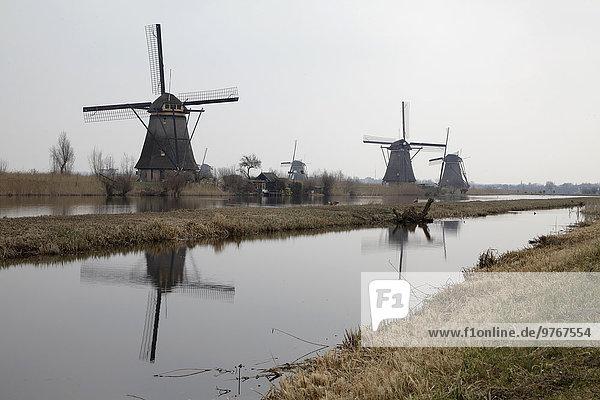 Traditionelle Windmühlen in Kinderdijk  Niederlande